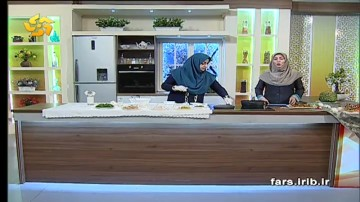 آموزش تهیه تارت پنیر و اسفناج در کاشانه مهر