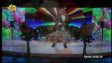 اجرای ترانه توسط مجید اخشابی