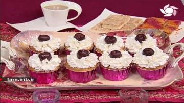 کاپ کیک گیلاس و نارگیل